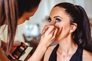Trendy makijażowe na lato 2020